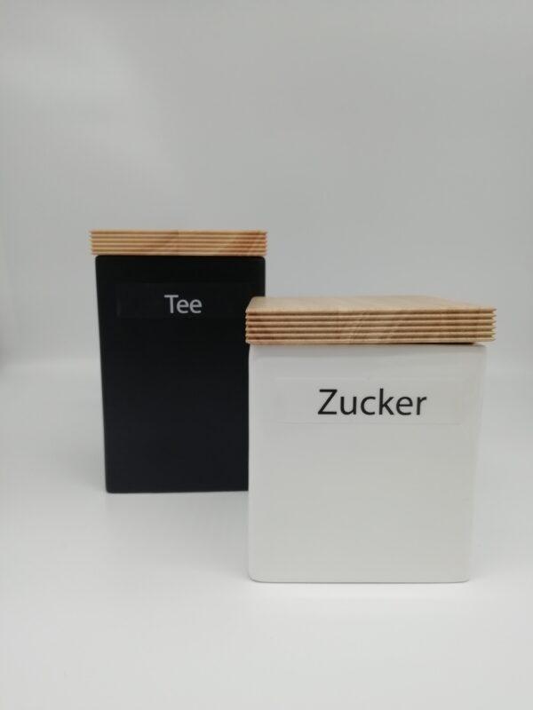 Barattolo porcellana quadrato coperchio legno, bianco / nero, larghezza cm.10, altezza cm.12 e cm.16